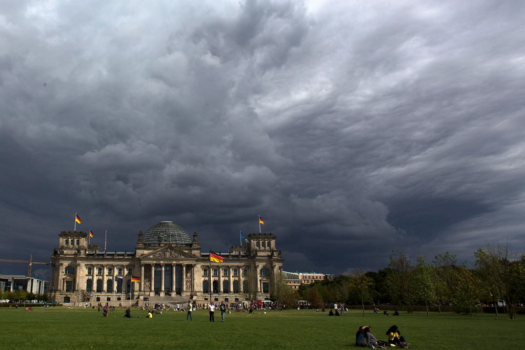 Niemcy, Berlin. Budynek Reichstagu, w którym mieści się Bundestag.