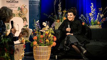 Olga Tokarczuk w rocznicę przyznania Nagrody Nobla