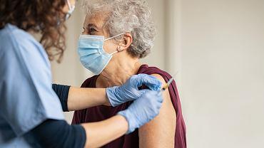 Naukowcy opracowują monitoring odporności, aby sprawdzić skuteczność szczepionki na COVID-19