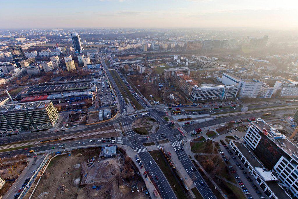 Widok na Rondo Daszyńskiego z Warsaw Spire