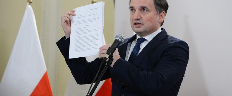 """Ziobro przedstawił założenia """"ustawy wolnościowej"""". """"Konkurencja wobec UE"""""""