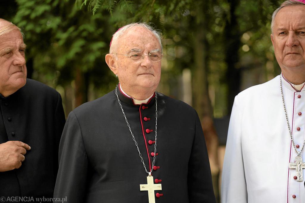 Arcybiskup Hoser w Ossowie pod Warszawą