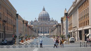 Kardynał sprzeciwia się Watykanowi. Będzie błogosławić pary jednopłciowe