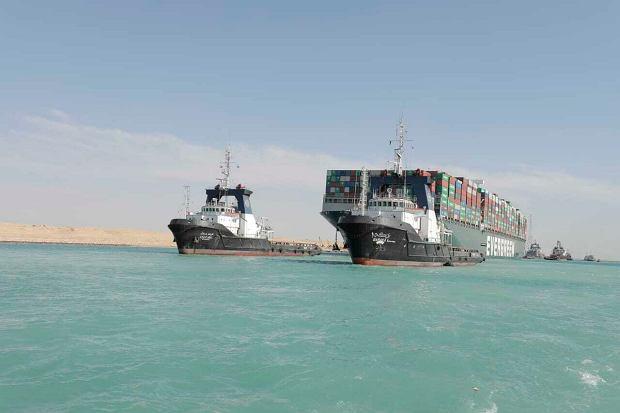 Już po blokadzie Kanału Sueskiego. Incydent bez wpływu na rynek ropy naftowej