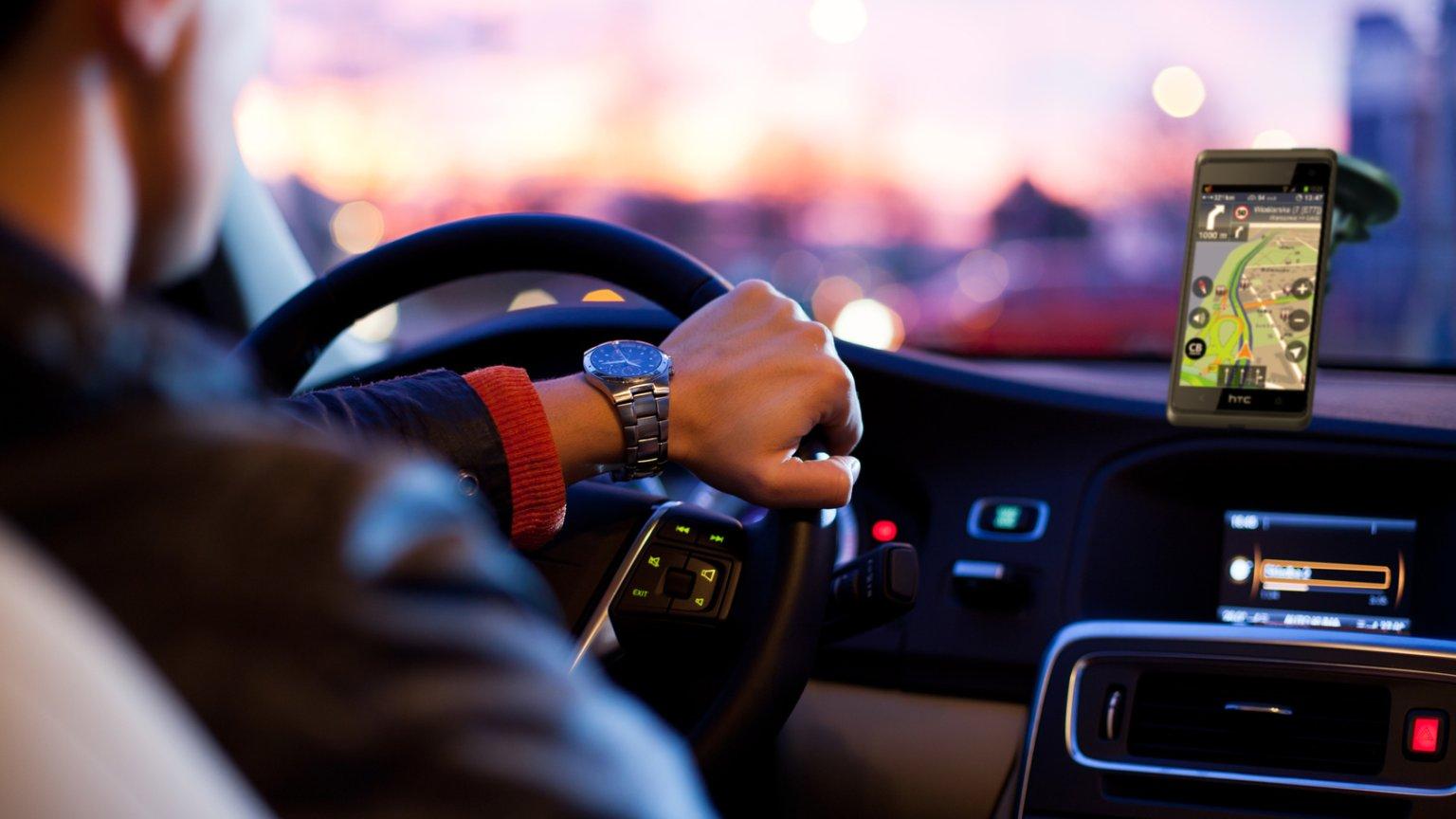 Do Celu Za Darmo Najlepsze Bezplatne Nawigacje Samochodowe