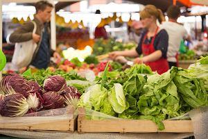 Chleb, ziemniaki, papier toaletowy... Podstawowe produkty coraz droższe