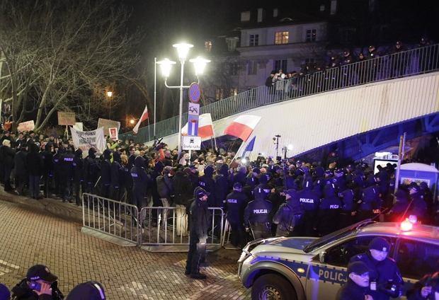 Protest Koalicji Prodemokratycznej ' Walczymy do końca '