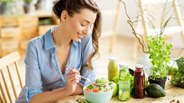 Co jeść na obniżenie cholesterolu - sprawdź abc zdrowej diety. Zdjęcie ilustracyjne