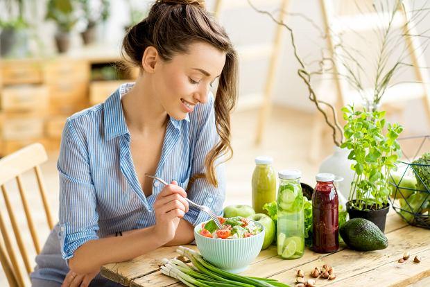 Co jeść na obniżenie cholesterolu - sprawdź abc zdrowej diety