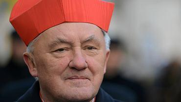Kardynał Kazimierz Nycz na Orszaku Trzech Króli w Warszawie (2019 r.)