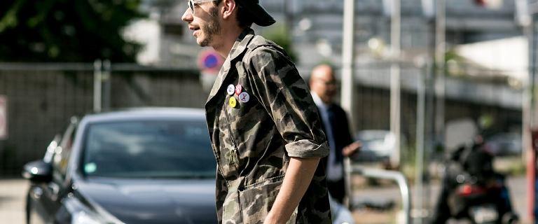 Moda w militarnym wydaniu. Bluzy moro męskie to hit sezonu! Te modele doceni każdy mężczyzna!