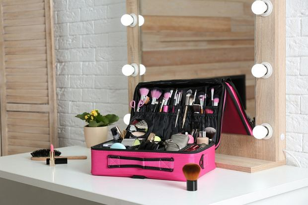 Piękne kuferki na kosmetyki. Praktyczne modele WITTCHEN, dzięki którym utrzymasz porządek