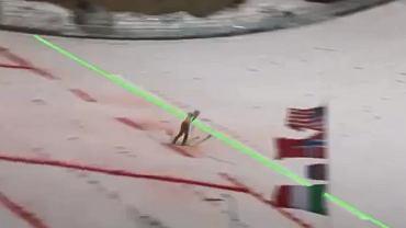 Severin Freund ląduje przed zieloną linią, która pokazuje, ile musi skoczyć, by pokonać Prevca
