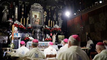 Od 30 maja nie będzie obowiązywał limit wiernych w kościołach