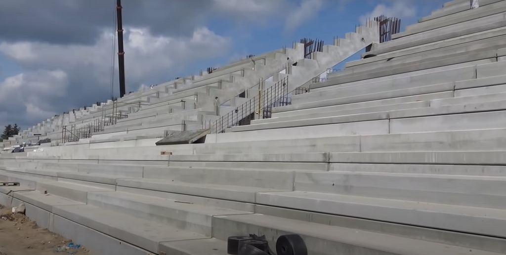 Trybuna nowego stadionu Radomiaka do rozbiórki