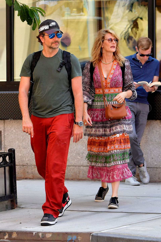 kto umawia się z Bradley Cooper