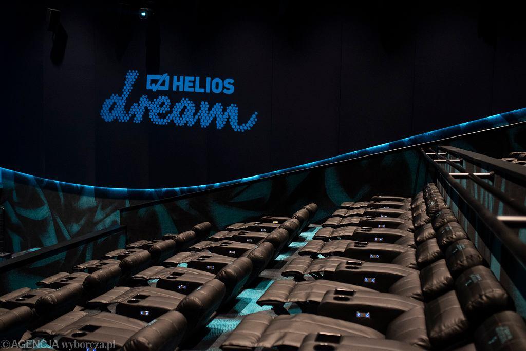 Nowa sala kina Helios w Sosnowcu wyposażona jest w regulowane fotele oraz system Dolby Atmos