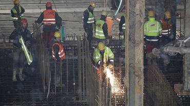 Zatrudnieni w branży budowlanej są wśród najbardziej zapracowanych w Polsce