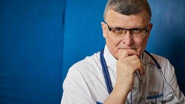 Dr. Paweł Grzesiowski