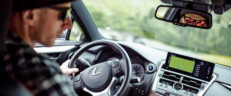 Wyprzedaże klasy premium - który model Lexusa opłaca się teraz kupić?