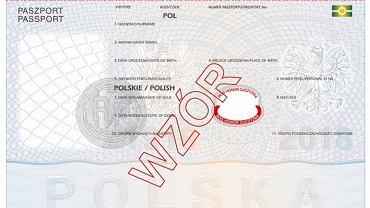 Projekt nowego paszportu. Pod polem z data urodzenia widoczne 'Bóg, Honor, Ojczyzna'