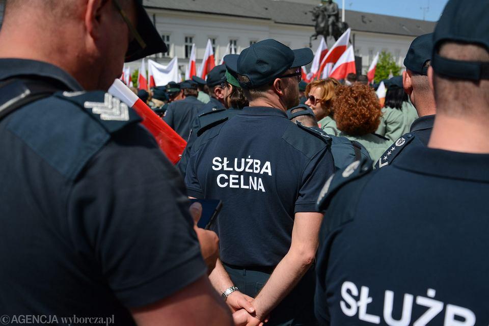 Demonstracja celników w Warszawie, 8 czerwca 2016