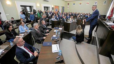 22 listopada 2018. Pierwsza sesja Rady Miasta w Kielcach i zaprzysiężenie Bogdana Wenty na prezydenta Kielc