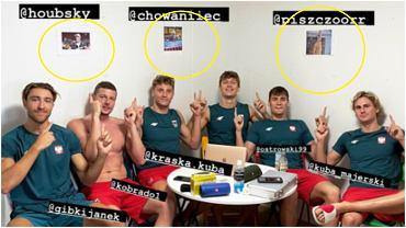 Los nadadores polacos colgaron fotografías de los ausentes de Tokio en el Muro de la Paz en la Villa Olímpica