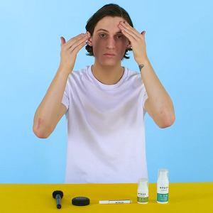 Jak zrobić naturalny makijaż męski?