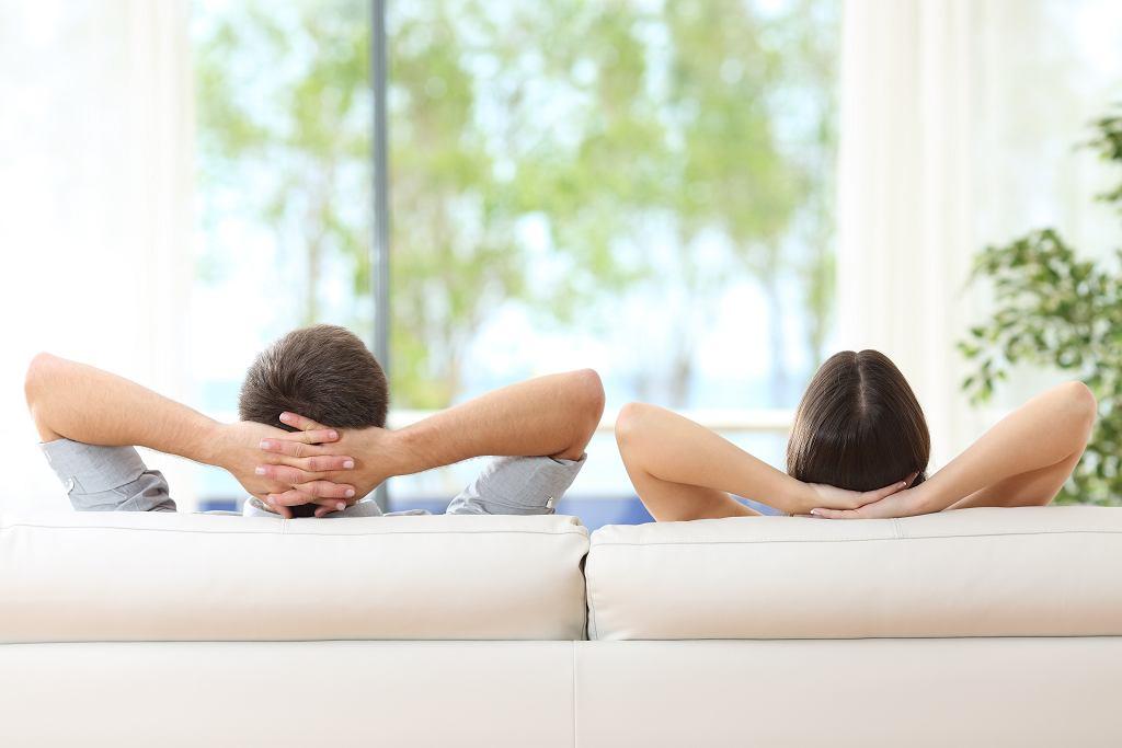 Co to znaczy FBW? Jest to rodzaj związku bez zobowiązań pomiędzy przyjaciółmi. Zdjęcie ilustracyjne