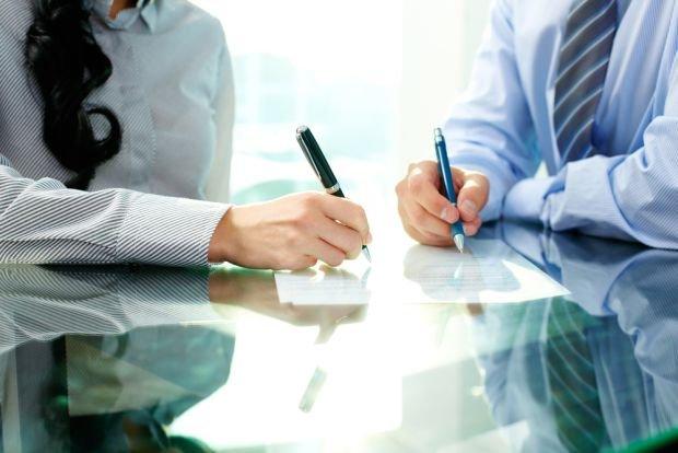 Dotąd przepisy dawały zamawiającemu wybór: stosuje wyłącznie kryterium ceny albo stosuje cenę oraz inne kryteria.