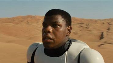 """John Boyega w zwiastunie nowych """"Gwiezdnych wojen"""""""