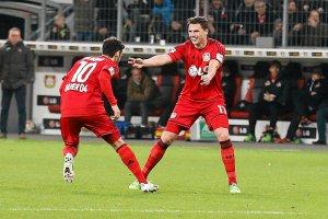 Bundesliga. Hakan Calhanoglu, król kontrowersji oraz rzutów wolnych
