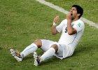 """Mistrzostwa świata w piłce nożnej 2014. Suarez zawieszony na cztery miesiące. Twitter: """"Pomóc mu, a nie dobijać!"""""""