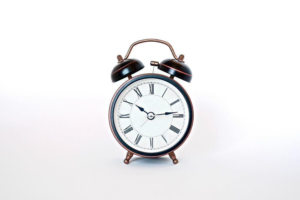 Zmiana czasu z zimowego na letni. Kiedy przestawiamy zegarki?