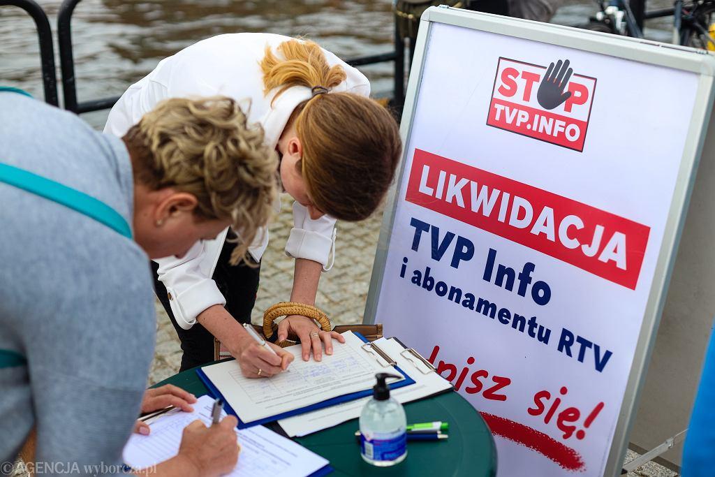 Zbieranie podpisów w sprawie likwidacji TVP Info i abonamentu RTV