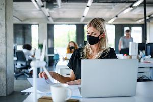 Nowy Kodeks Pracy 2021. Wyższe kary dla pracodawców, którzy zatrudniają alimenciarzy