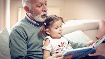 Życzenia na Dzień Dziadka. Zdjęcie ilustracyjne