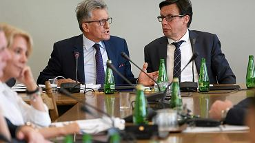 Posłowie Stanisław Piotrowicz i Marek Ast