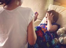 Dziecko Spadło Z łóżka Jak Postąpić W Takiej Sytuacji