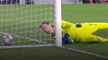 Wojciech Szczęsny puszcza gola na 2:2