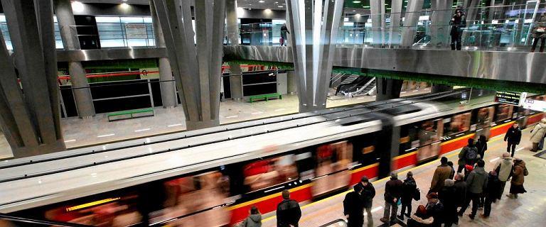 I linia metra. Będą dodatkowe stacje przy placu Konstytucji i na Muranowie? Jest przetarg