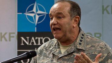 Generał Philip Breedlove, naczelny zwierzchnik sił wojskowych NATO wypowiadał się na temat wysłania instruktorów na Ukrainę