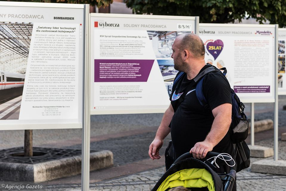 Wystawa 'Solidny pracodawca' na ul. Świdnickiej
