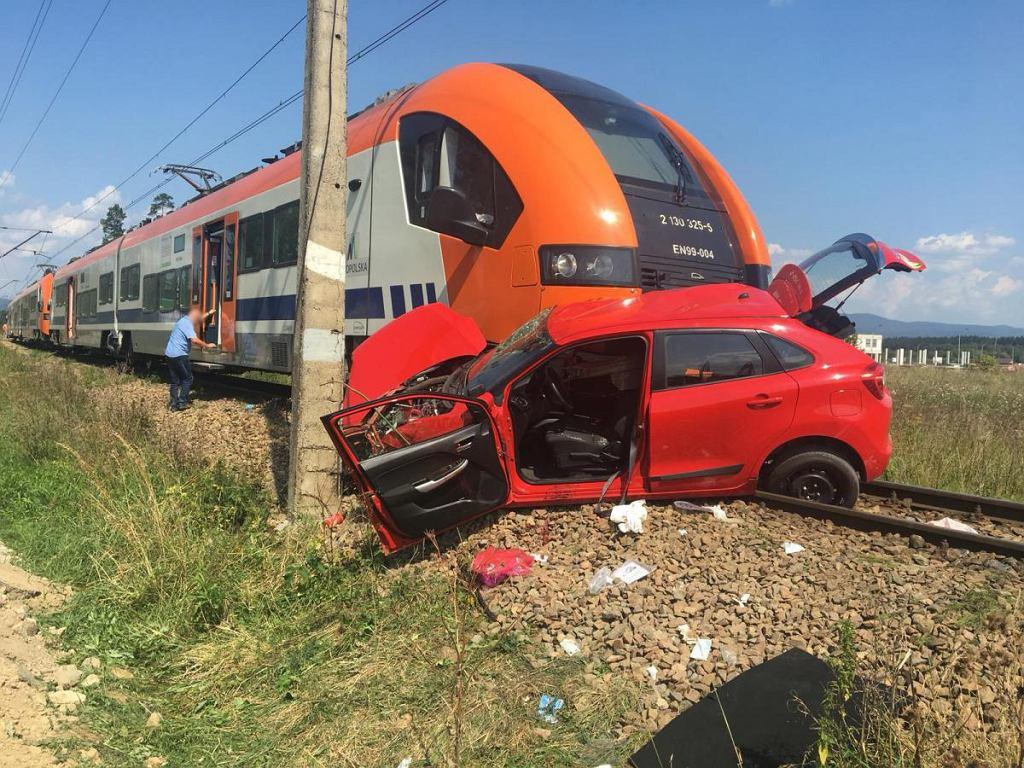 Szaflary. Wypadek na przejeździe kolejowym