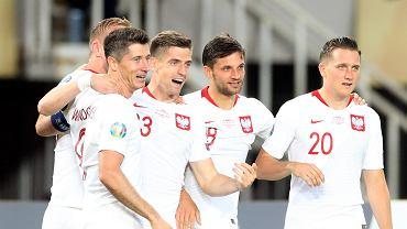 Nie ma piłkarza, który bardziej dzieliłby polskich kibiców.