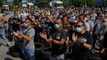Nissan ogłasza zamknięcie fabryki w Hiszpanii. Na ulicach protesty