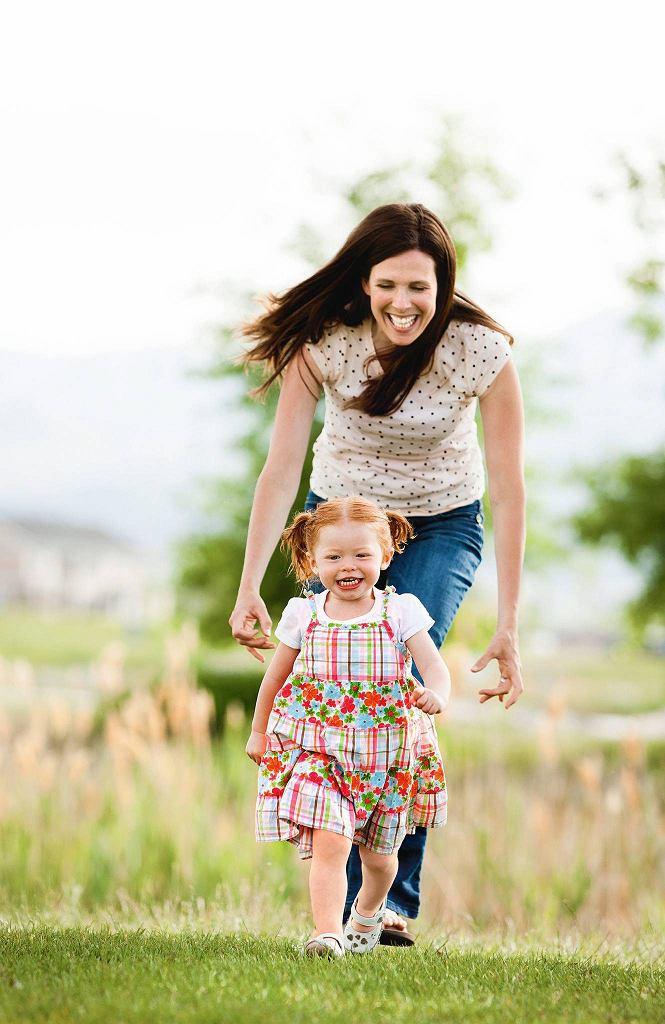 Kobiety, które mają dzieci, wykonują pracę na rzecz społeczeństwa. Pracę, której ludzie bezdzietni nie wykonują.