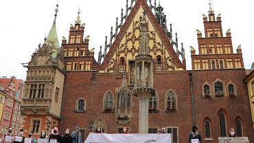 Młodzieżowy Strajk Klimatyczny na wrocławskim Rynku
