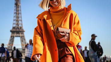 Kolor pomarańczowy w stylizacjach na jesień